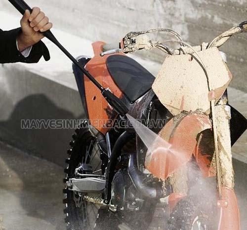 Tìm hiểu chức năng của một số phụ kiện máy rửa xe Karcher