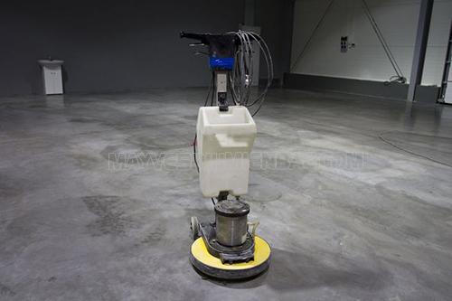 Sử dụng máy chà sàn cũ tiềm ẩn nguy cơ mất an toàn