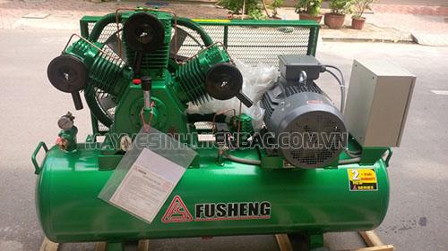 Máy nén khí là thiết bị không thể thiếu trong tiệm rửa xe