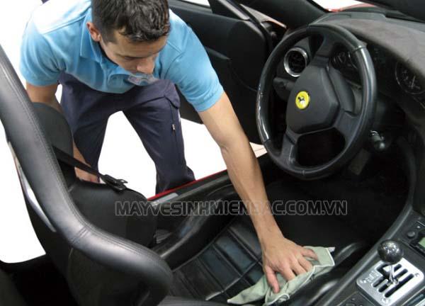 cách vệ sinh xe ô tô