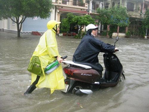 xe tay ga bị ngập nước