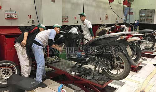 Để động cơ xe máy hoạt động bền bỉ thì bạn nên kiểm tra thường xuyên