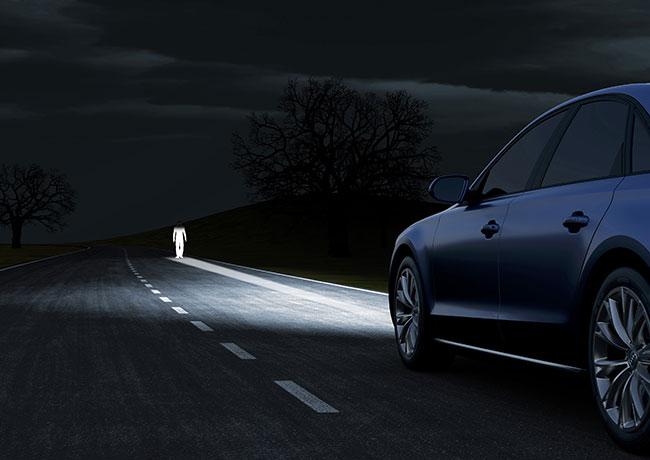 Bật và chỉnh đèn pha ô tô