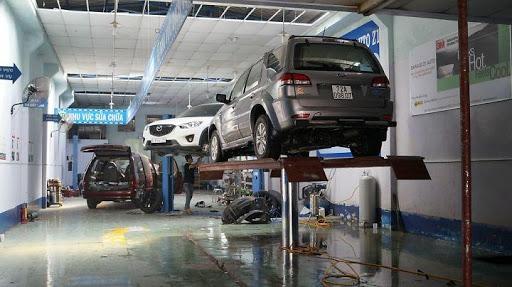 Với cầu nâng sẽ nâng tầm chuyên nghiệp cho cửa hàng của bạn