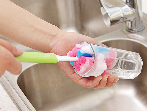 cách rửa ly thủy tinh bị ố