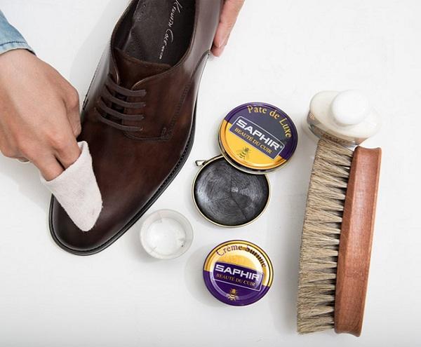 Đánh giày bằng gì để có độ bền cao nhất?