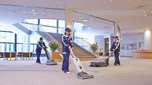 Những lợi ích mà dịch vụ vệ sinh công nghiệp mang lại cho khách hàng
