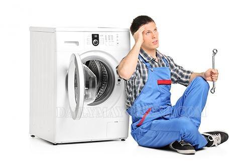 máy giặt kêu to khi vắt