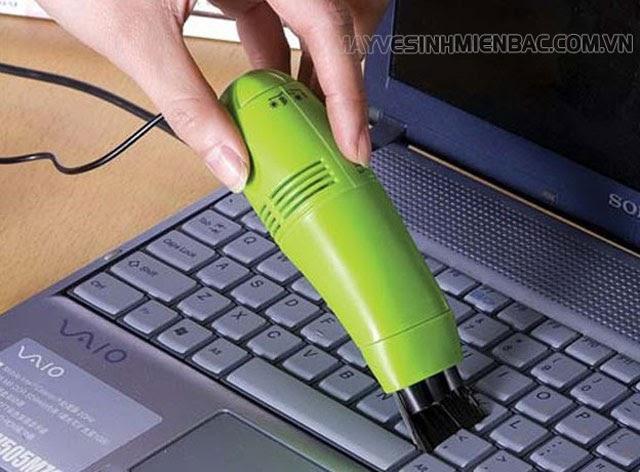 máy hút bụi mini vệ sinh laptop