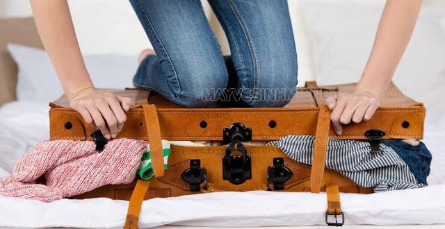 tránh mang quá nhiều đồ không cần thiết