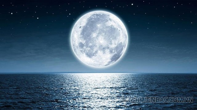 [Khoa học vũ trụ] Mặt Trăng mọc hướng nào và lặn hướng nào?